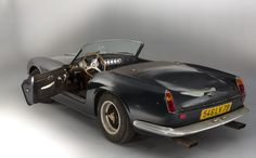 1961 Ferrari 250 GT SWB California Spider - Extremely rare cars up for auction - The open versions of the 1961 Ferrari 250 GT SWB California Spider are very rare, making it the most expensive road-going Ferrari today.