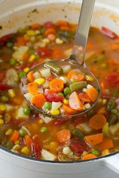 Fresh Vegetable soup Recipes is One Of the Beloved soup Of Numerous People Across the World. Besides Easy to Create and Excellent Taste, This Fresh Vegetable soup Recipes Also Healthy Indeed. Vegetable Soup Recipes, Vegetarian Recipes, Healthy Recipes, Vegetarian Soup, Homemade Vegetable Soups, Vegetable Ideas, Recipes Using Vegetable Broth, Classic Vegetable Soup Recipe, Vegetable Stew Crockpot