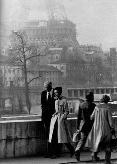 Hubert de Givenchy + Audrey Hepburn
