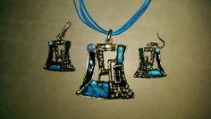 Resin fused to brass - Seasidemagicjewelry.blogspot.com