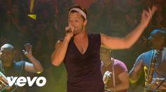 Tambores!!!! Ricky Martin - Pégate