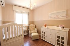 Design a nursery that will grow with the baby. Get smart but fun ideas for decorating a nursery, and baby bedroom design that will last! Nursery Storage, Nursery Decor, Room Decor, Nursery Ideas, Room Ideas, Ideas Habitaciones, Help Baby Sleep, Home Design Magazines, House Cleaning Services