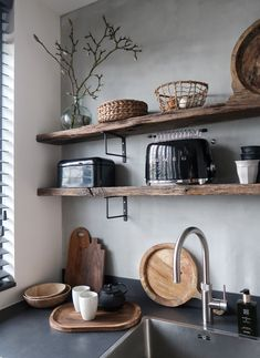 Unique Home Interior Loft Kitchen, Home Decor Kitchen, Interior Design Living Room, Home Kitchens, Home Decor Styles, Cheap Home Decor, Home Decor Accessories, Romantic Home Decor, Küchen Design