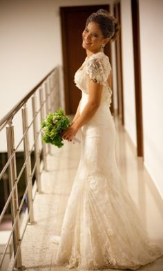 Vestidos de noiva com motivos florais são românticos e delicados; veja inspirações - Casamento - UOL Mulher