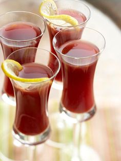 Cranberry Juice Slow Juicer : 1000+ images about Winter Drink Recipes on Pinterest Hot chocolate, Drink recipes and Teas
