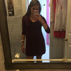 Maroon red burgundy forever 21 sleeved dress Quarter sleeve beautiful dress that can be dressed to any occasion just by how you wear it. Great go to dress. Light weight. Forever 21 Dresses Midi