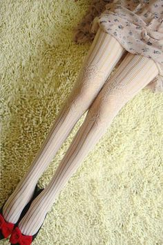 Hollow Detailed White Tights