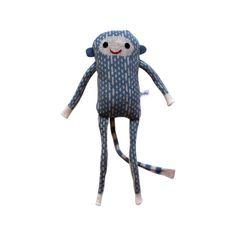 Sehr nett gestricktes Lambswool Affe - seine Arme, Beine und Schwanz sind Gefilzte Streifen von Lambswool, er hat Augen und eine Hand bestickt Mund fühlte. Er kommt in grau und braun aber mehr Farben zu kommen! Sein Körper ist mit Spielzeug aus Polyester Füllung gefüllt. Er misst ca. 30cm von Kopf bis Fuß.