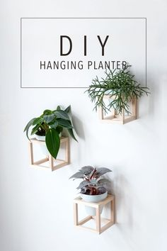 Living with plants - DIY hanging plant holders . Wohnen mit Pflanzen – DIY hängende Pflanzenhalter … Living with plants – DIY hanging plant holders Modern Dollhouse Furniture, Diy Furniture, Garden Furniture, Furniture Plans, Furniture Makeover, Furniture Catalog, Furniture Assembly, Rustic Furniture, Luxury Furniture