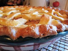 Homemade Peach Pie - The Sustainable Sweet & Savory Gourmet