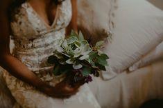 Simple succulent bridal bouquet Got Married, Getting Married, Shaman Woman, Perfect Sense, Bat Mitzvah, Tulum, Nest, Bridal, Mexico