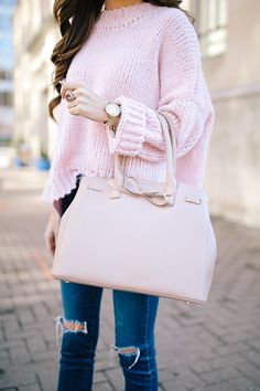love the bow on this Sole Society handbag!