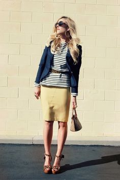 yellow pencil skirt & navy, mod take on a classic combination Anne Klein, Yellow Pencil Skirt, Pencil Skirts, Preppy Style, My Style, Sweet Style, Forever 21, Yellow Fashion, Modern Outfits