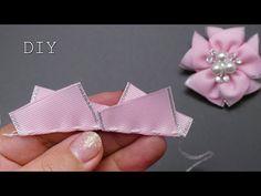 Diy Lace Ribbon Flowers, Flower Hair Bows, Ribbon Flower Tutorial, Ribbon Embroidery Tutorial, Hand Embroidery Flowers, Kanzashi Flowers, Ribbon Hair Bows, Diy Hair Bows, Diy Ribbon