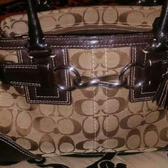 """Smaller Coach """"Hamptons"""" Bag $5 off this weekend! Signature Fabric and leather. For those wanting a small, """"dainty"""" bag! Includes dust cover! Phone pocket, top zipper closure. Coach Bags Mini Bags"""