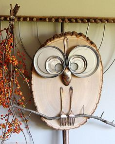 This DIY Wood Slice Owl is such a hoot and is the perfect decoration for your home. Your DIY owl crafts can greet your guests when they arrive for a party. Give your owl a cute name and add seasonal decorations to it so you can keep it up all year.