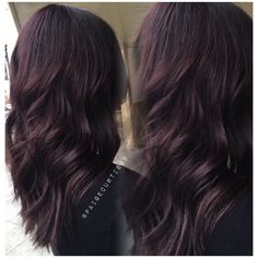 Dark violet hair. New Hair Colors, Violet Hair Colors, Violet Brown Hair, Dark Purple Hair, 2018 Hair Color Trends, Hair Trends, Hair Skin Nails, Gorgeous Hair, Mom Hairstyles