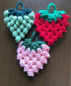 9 Tips for knitting – By Zazok Crochet Potholders, Crochet Doilies, Crochet Stitches, Crochet Food, Love Crochet, Crochet Baby, Crochet Leaves, Crochet Flowers, Crochet Designs
