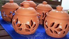 Terrakotta hagymatartók Pottery, Jar, Ceramics, Home Decor, Terracotta, Ceramica, Ceramica, Decoration Home, Room Decor