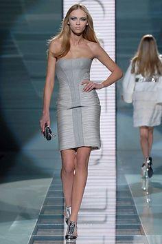 Versace Fall 2007 Ready-to-Wear Fashion Show - Anna Tokarska