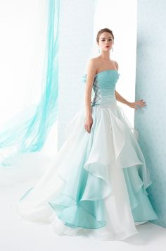 iamnotreallyintofashion: Le Rose & Spose co. iamnotreallyintofashion: Le Rose & Spose co. Ball Dresses, Ball Gowns, Evening Dresses, Prom Dresses, Formal Dresses, Bridesmaid Dresses, Teal Dress For Wedding, Colored Wedding Dresses, Turquoise Wedding Dresses