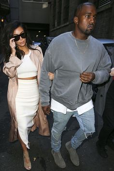 Kanye West Wears Haider Ackermann Sweatshirt, Fear Of God Tee and Bottega Veneta Boots UpscaleHype Kanye West Outfits, Kanye West Style, Ropa Kanye West, Kanye West Fashion, Kim Kardashian Kanye West, Kim And Kanye, Urban Fashion, Trendy Fashion, Mens Fashion