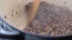 Easy Pico de Gallo Recipe - The best pico de gallo recipe Easy Soup Recipes, Dip Recipes, Casserole Recipes, Macaroni Salad, Pasta Salad, Cooker Recipes, Crockpot Recipes, Programmable Crock Pot, Pico Recipe
