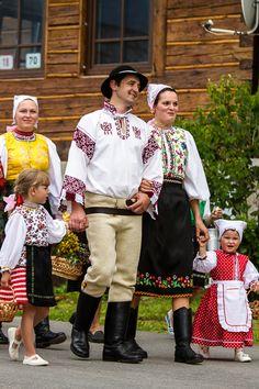 Liptovská Teplička village, Liptov region, Central Slovakia. Traditional Fashion, Traditional Dresses, Art Populaire, The Older I Get, Beautiful Costumes, Folk Fashion, Folk Costume, World Of Color, Beautiful Patterns