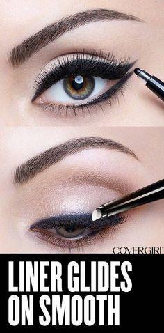CoverGirl Perfect Point Plus Eyeliner Eye Makeup Glitter, Eye Makeup Tips, Makeup Ideas, Eyeshadow Makeup, Blue Eyeshadow, Makeup Tricks, Make Up Tutorial Contouring, Eyeliner Tutorial, Eyeliner Shapes