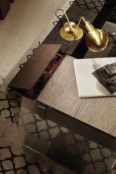 Air Desk W, desk in tempered glass. Drawer in tobacco stained. Designed by Pinuccio Borgonovo for Gallotti&Radice.