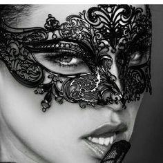Io avevo solo la spietata e Dolce voglia ...di rivedere quegli occhi e tenerli ancora un po' con me... Un altro modo di fare l'amore...guardarsi❤️ #lookatme  #makelove ❤️ #dolcenotte ❤️ #goodnight❤️ #passionemaledetta❤️ #loves_sensuality #loves_passione ❤️ #sexygirl #dolcemara #angel #devil #dirtyblonde #erotik #sweetdreams❤️ #kinkylove  #Xverso❤️ #angelfuxiablack69♠️ #themask
