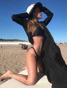 El magnetismo de la cantante y modelo Ro Vitale - Infobae