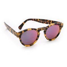 Illesteva Leonard Mirrored Sunglasses ($177) ❤ liked on Polyvore featuring accessories, eyewear, sunglasses, illesteva sunglasses, mirrored sunglasses, round mirror sunglasses, polarized sunglasses and round frame glasses