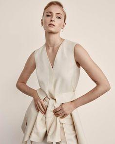 Sophie Turner Talks Game Of Thrones, X-Men & Marriage Givenchy Shirt, Joe Jonas, Alexandra Daddario, Jean Grey, People Magazine, Jennifer Lawrence, Jennifer Connelly, X Men, Haute Couture