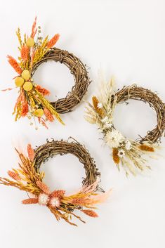 Create small simple dried flower grapevine wreaths for your fall decor with affordable dried flowers from Afloral.com. #driedflorals #wreaths #grapevinewreaths Dried Flower Wreaths, Fall Wreaths, Dried Flowers, Christmas Wreaths, Faux Flowers, Silk Flowers, Dried Eucalyptus, Artificial Flowers And Plants, Dried Oranges