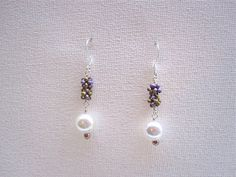 Cute little flowers and glass pearl beads earrings♡♡
