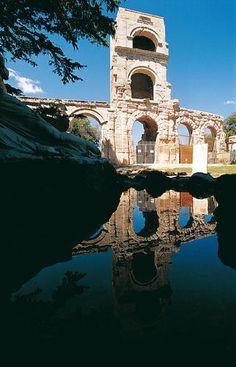 Arles Description: Antique theater Copyright: © Editions Gelbart Author: Jean-Jacques Gelbart