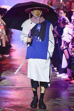 Raf Simons New York Fashion Week Men's Spring Summer 2018 - Sagaboi - Look 5