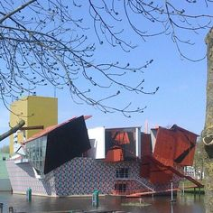 Groninger museum, Groningen, Netherlands -  Leading architect Alessandro Mendini, guest architects/designers: Michele de Lucchi, Philippe Starck, Coop Himmelb(l)au