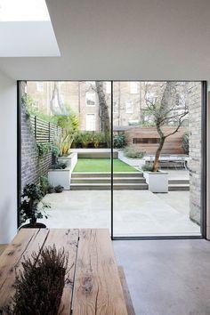 Luxurious Minimal Interior Design Inspiration # 42 - Lilly is Love Interior Garden, Interior And Exterior, Back Gardens, Outdoor Gardens, Minimalist Garden, Design Jardin, Modern Garden Design, Interior Design Inspiration, Backyard Landscaping