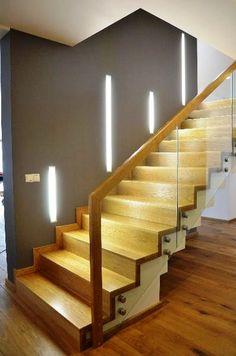 Надежные стеклянные перила, как основной элемент лестниц. | Лестницы и ограждения | Яндекс Дзен Home Stairs Design, Interior Staircase, Staircase Railings, Stairways, House Design, Banisters, Stairs And Doors, Entry Stairs, House Stairs