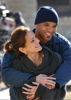 Cute friendship on set, Sarah and Amaury, Prison Break Prison Break Quotes, Prison Break 3, Michael Scofield, Netflix, Best Tv Shows, Favorite Tv Shows, Sara Tancredi, Amaury Nolasco, Wentworth Miller Prison Break