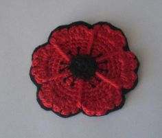 Free Crochet Pattern: Poppy Flower Coaster from CrochetCute