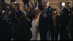 Francisco rinde homenaje al jesuita español, Luis Espinal Camps, a su llegada a Bolivia