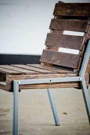 furniture in pallet Idea chair design DIY cheap - chairdesign Making Pallet Furniture, Pallet Furniture Plans, Diy Furniture, Design Furniture, Canapé Design, Chair Design, Pallet Bar Stools, Pallet Stool, Pallet Chairs