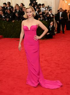 Vogue Daily — Reese Witherspoon Met Gala 2014 in Stella McCartney dress