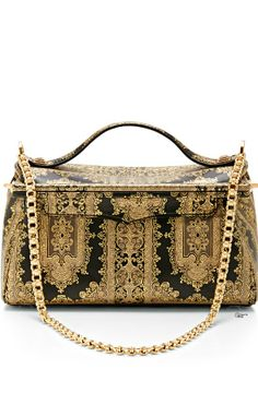 64718fdfe87b2 The reference to antique brocade tapestries by American designer TORY  BURCH