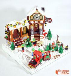 Lego Christmas Train, Lego Christmas Village, Lego Winter Village, Lego Gingerbread House, Gingerbread Christmas Decor, Christmas Ideas, Christmas Ornaments, Lego Santa's Workshop, Santas Workshop