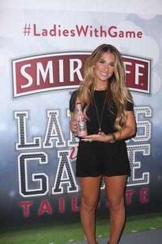 "Jessie James Decker Hosts Smirnoff Ice ""Ladies With Game"" Tailgate [Drink Recipes Included!] | Half Full Magazine"