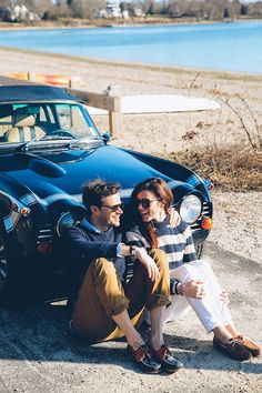 Photo (Azimuth Circle by Kiel James Patrick) New England Prep, New England Style, Classy Couple, Classy Girl, Ivy League Style, Le Male, Fashionable Snow Boots, Glam Dresses, Nautical Fashion